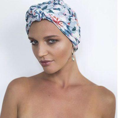 Louvelle Dahlia Shower Cap in Magnolia